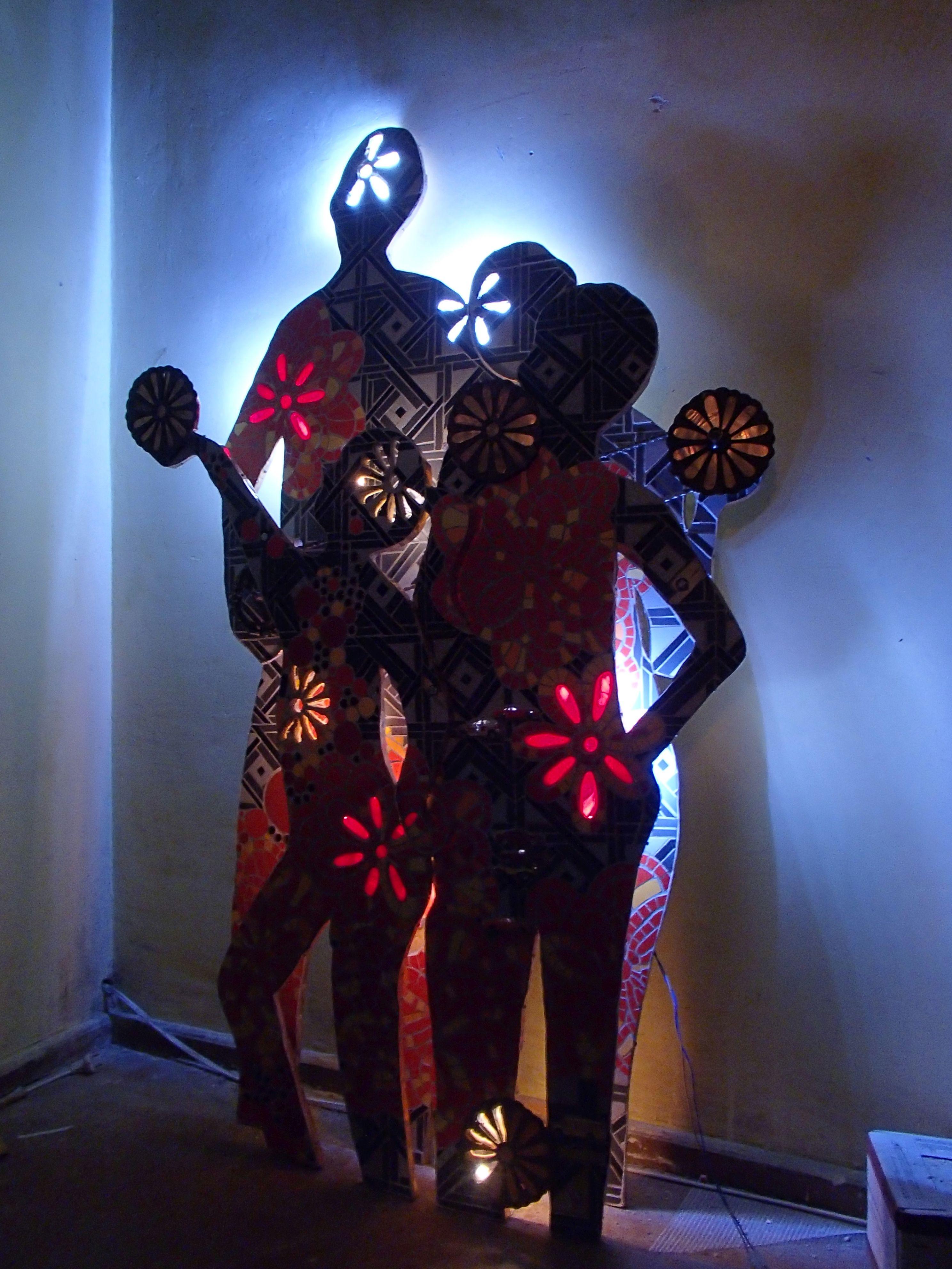 """""""Rodzina"""" instalacja rzeźbiarska"""